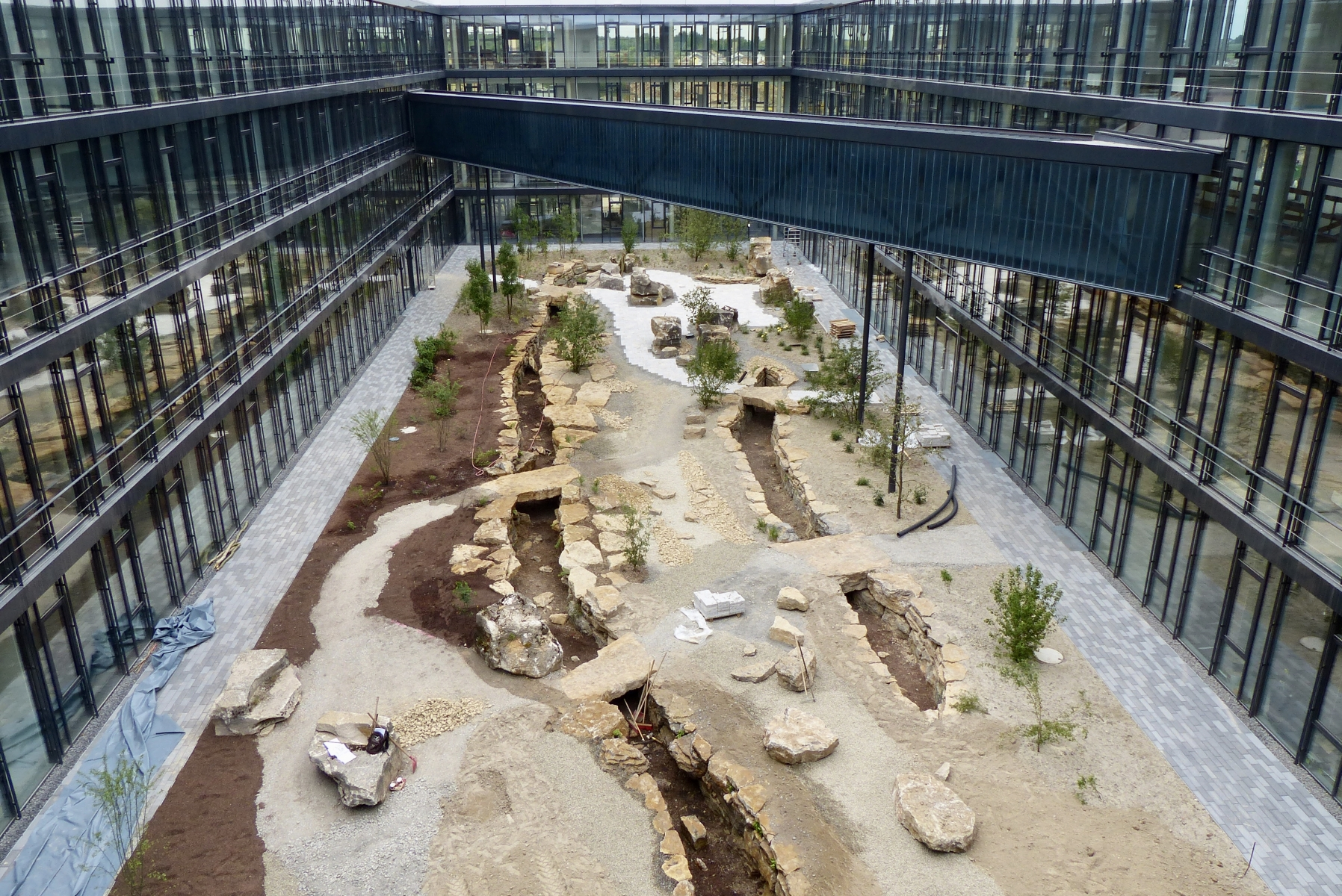 Kärcher Innenhof Ende der Bauzeit Juni 2014